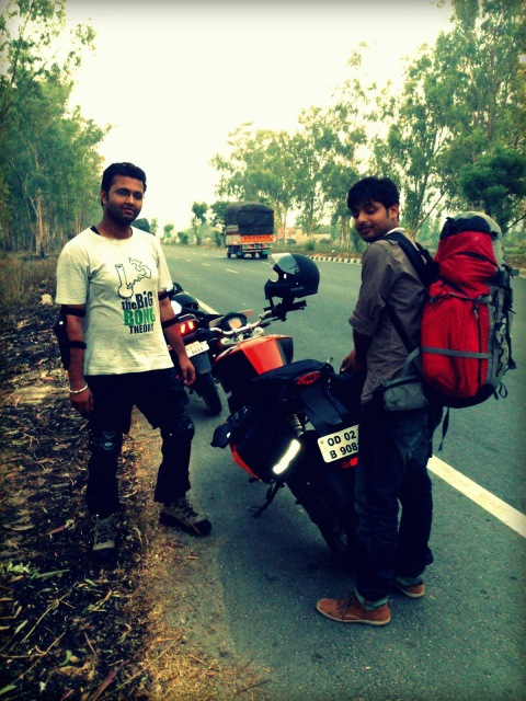 That's Rahul Pant and Sukesh Dash. Trying to tame the unruly Dirtsack Saddlebag.